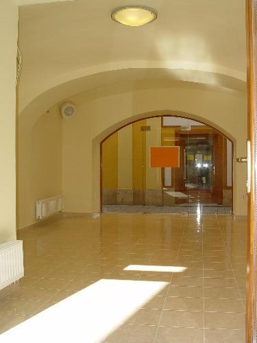 Belváros, Szombathely, ingatlan, kiadó, Üzleti ingatlan, 18 m2, 1 Ft